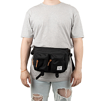 Herschel Eighteen BLACK1