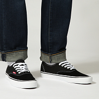Vans MN AUTHENTIC PRO Black/True White